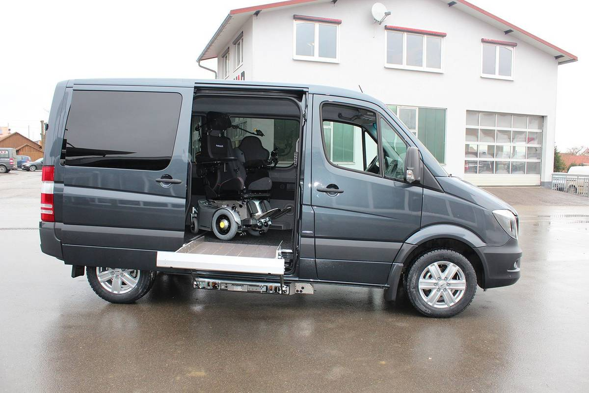 wheelchair accessible sprinter
